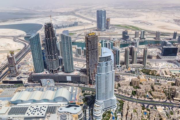 Widok z lotu ptaka na centrum dubaju, zjednoczone emiraty arabskie
