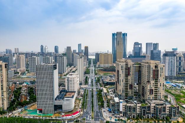 Widok z lotu ptaka na honggutan cbd w nanchang