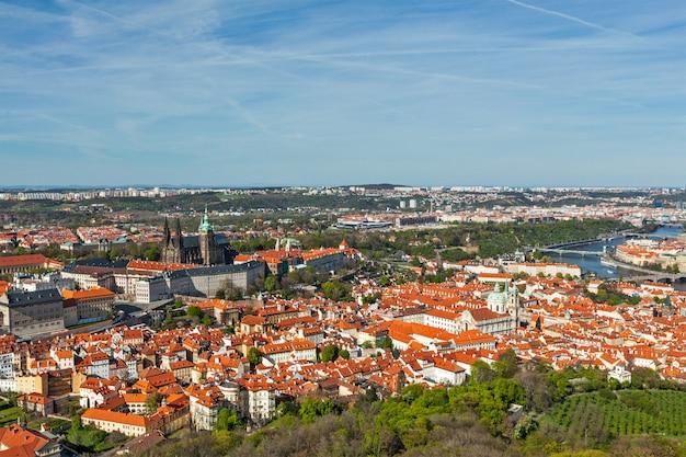 Widok z lotu ptaka na hradczany: katedra św. wita (św. wita)