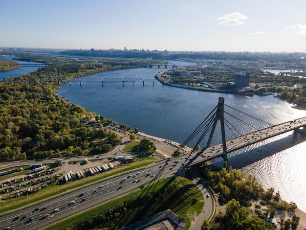 Widok z lotu ptaka na most wantowy