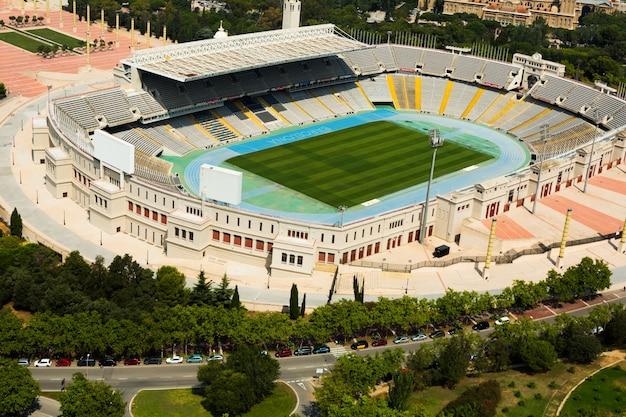 Widok z lotu ptaka olimpic stadion barcelony. hiszpania