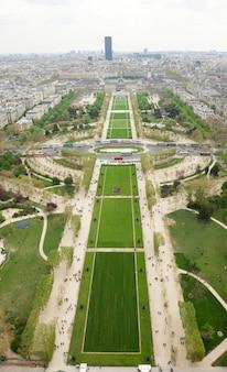 Widok z lotu ptaka parc du champs de mars w paryżu