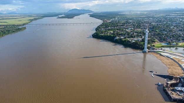 Widok z lotu ptaka parque do rio branco w boa vista, roraima. północna brazylia
