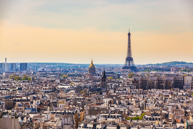 Widok z lotu ptaka paryż z wieżą eifla