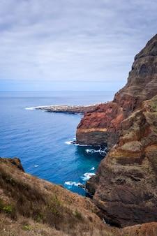 Widok z lotu ptaka ponta do sol wioska, santo antao wyspa, przylądek verde