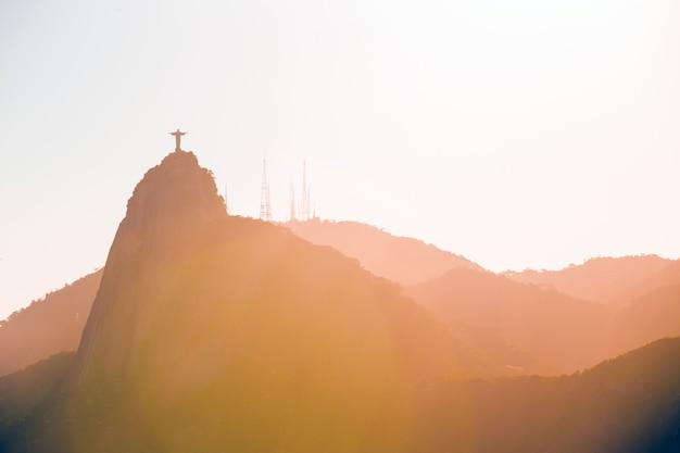 Widok z lotu ptaka rio de janeiro w słoneczny dzień, brazylia