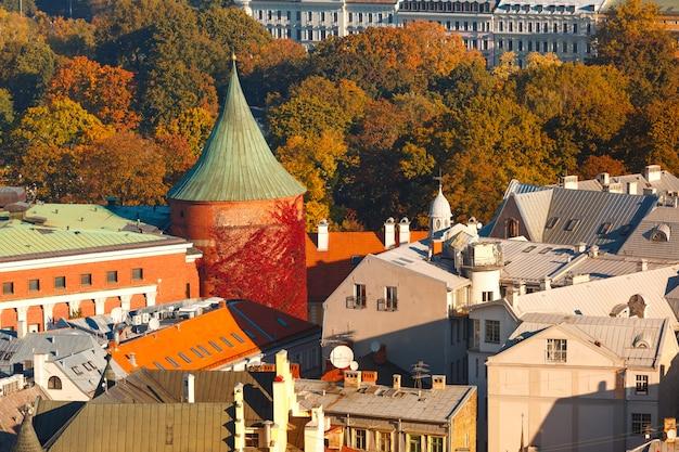 Widok z lotu ptaka starego miasta w rydze, łotwa