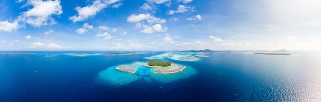 Widok z lotu ptaka wyspy banyak sumatra tropikalny archipelag indonezja