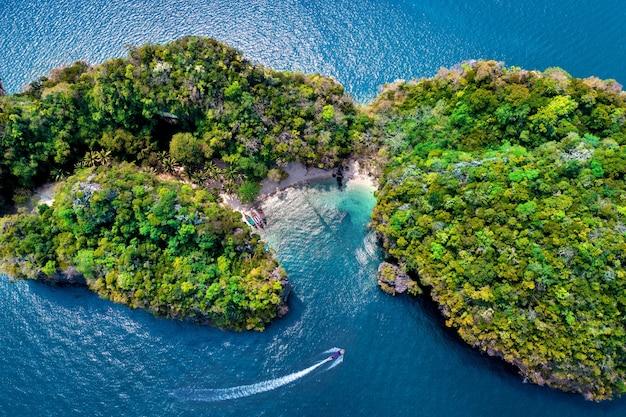 Widok z lotu ptaka wyspy lao lading w krabi, tajlandia.