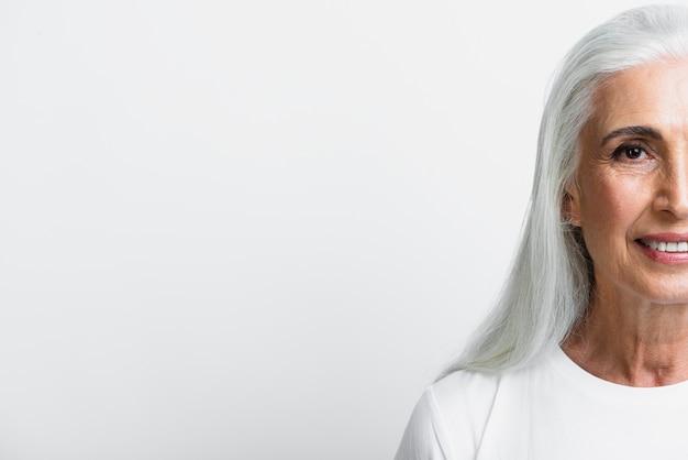 Widok z przodu buźkę starszy kobieta