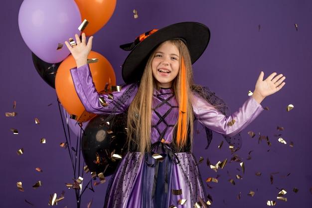 Widok z przodu koncepcji halloween piękna dziewczyna