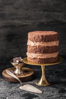 Widok z przodu koncepcji pyszne ciasto czekoladowe