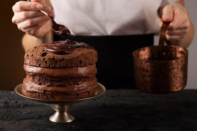 Widok z przodu na słodkie cukierki piekarnicze