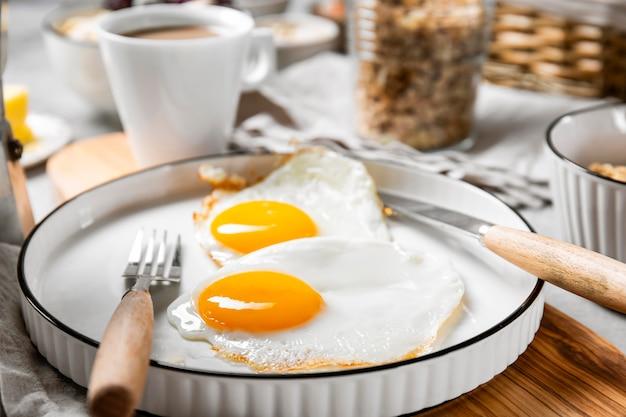 Widok z przodu pożywny skład posiłku śniadaniowego