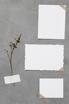 Widok z przodu pustego białego papieru z miejsca na kopię