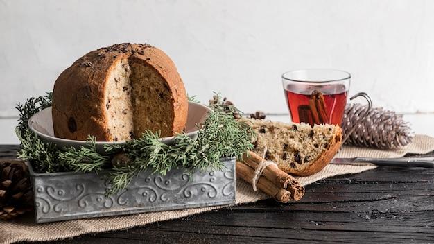 Widok z przodu pyszne świąteczne jedzenie