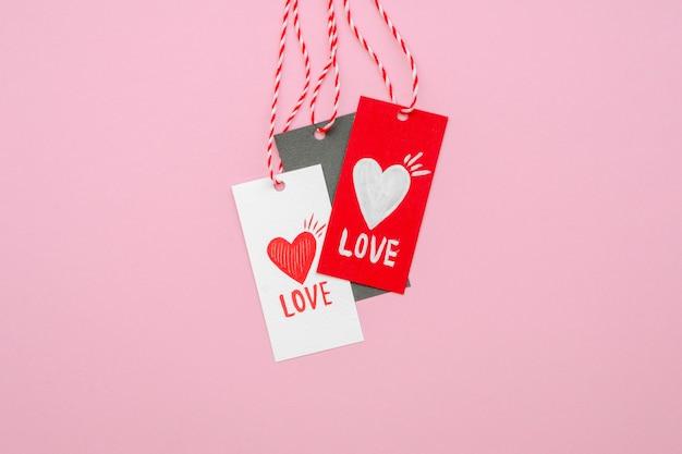 Widok z przodu tagów koncepcji miłości