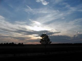 Wieczorne niebo, chmury