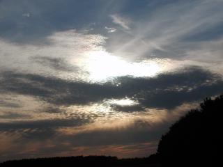 Wieczorne niebo, światło