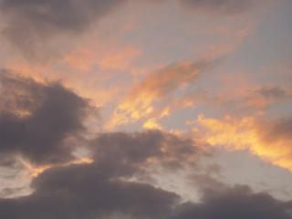Wieczorne niebo, żółty