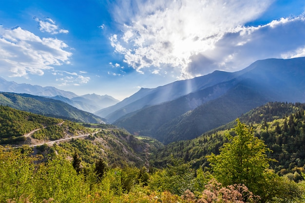 Większe góry kaukazu