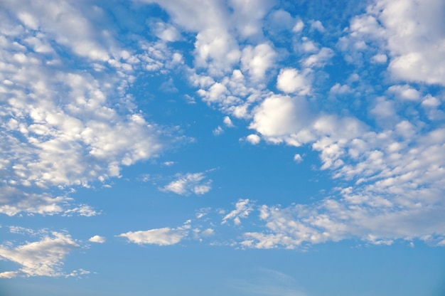 Wiele chmury