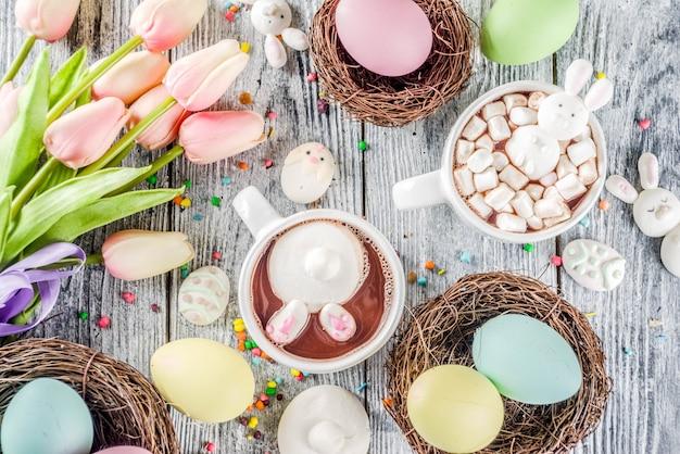 Wielkanocna śmieszna gorąca czekolada