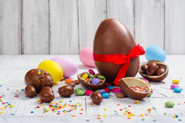 Wielkanocne jajko czekoladowe