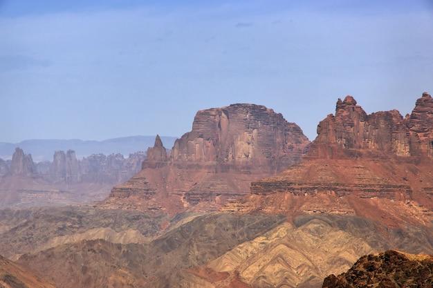 Wielki kanion al shaq, arabia saudyjska