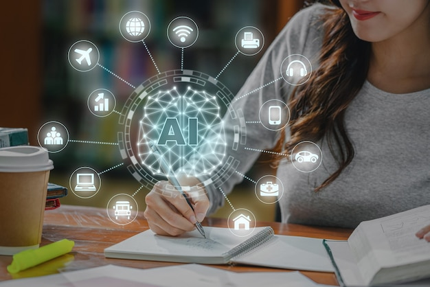 Wielokątny kształt mózgu sztucznej inteligencji z różnymi ikonami inteligentnego internetu miejskiego