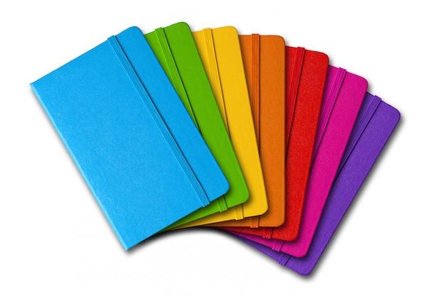 Wielokolorowa seria zamkniętych notebooków
