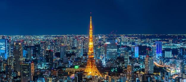 Wieża tokio w nocy