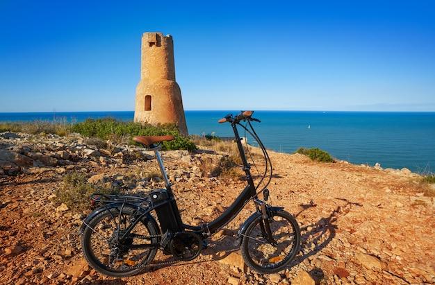 Wieża torre del gerro w denia w hiszpanii