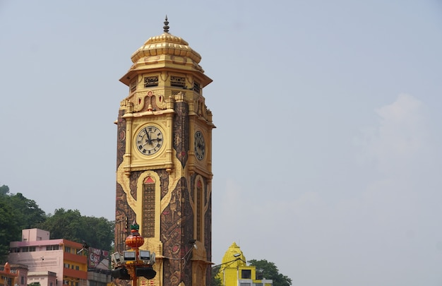 Wieża zegarowa hari ki paurihar ki pauri, haridwar, uttarakhand