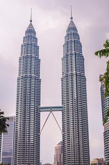 Wieże w mieście