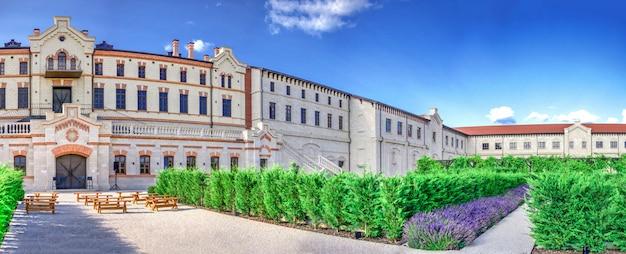 Winnica mimi castle w anenii, mołdawia