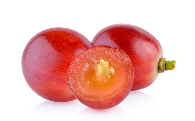 Winogrono na białej powierzchni