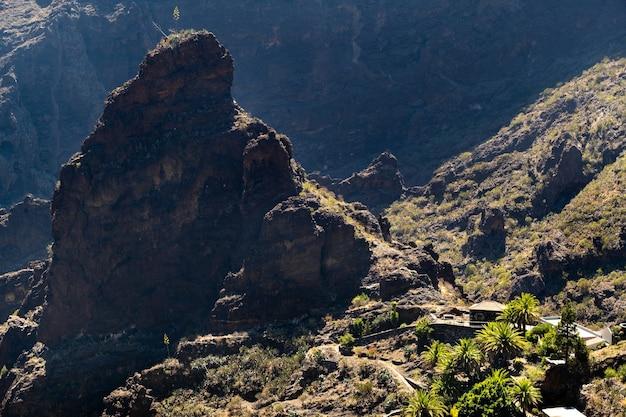 Wioska masek w hiszpanii, popularna miejscowość turystyczna wioska masek na teneryfie