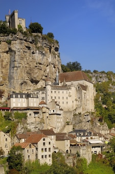 Wioska rocamadour w pyrenees, francja