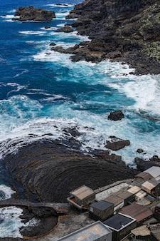 Wioska rybacka pozo de las calcosas, el hierro, wyspy kanaryjskie, hiszpania