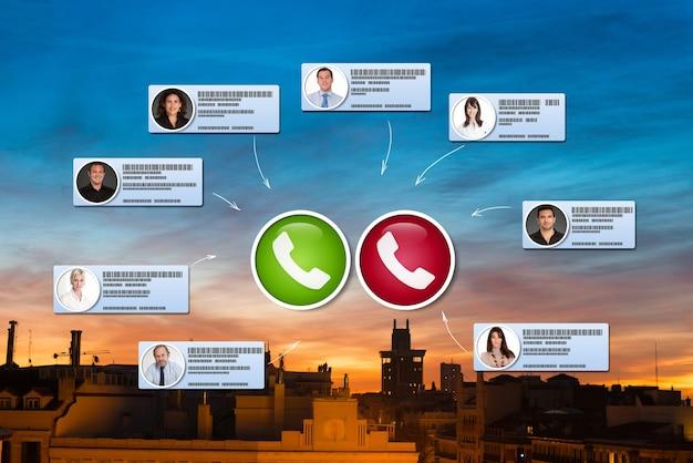 Wirtualne spotkanie biznesowe odbywające się w madrycie