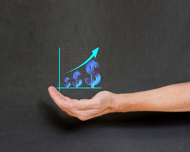 Wirtualne zarobki koncepcja pieniądza dolara w ludzkiej dłoni