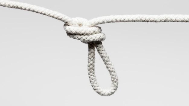 Wisząca biała skręcona bawełniana lina