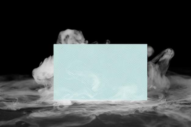 Wizytówka, pastelowy dym z przestrzenią projektową