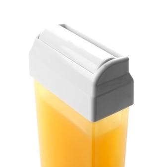 Wkład z woskiem rozpuszczalnym w tłuszczach na białym, zbliżenie