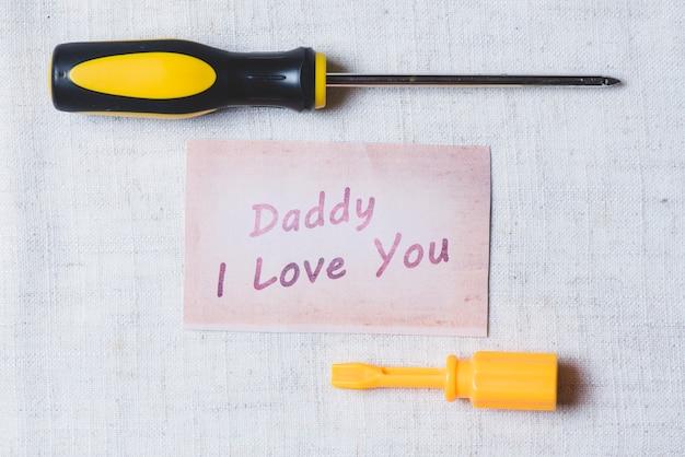 Wkrętaki z dopiskiem na dzień ojca