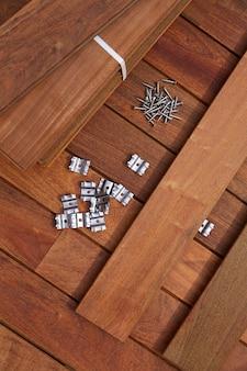Wkręty mocujące klipsy do drewna typu ipe