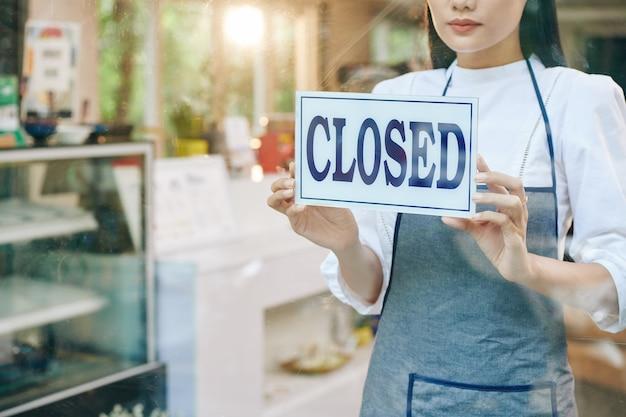 Właściciel zamyka restaurację