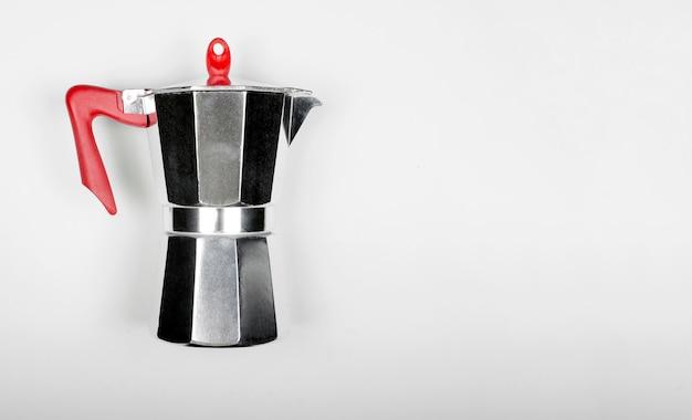 Włoski ekspres do kawy typu gejzer
