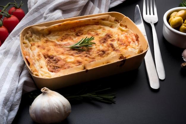 Włoskie jedzenie i składnik